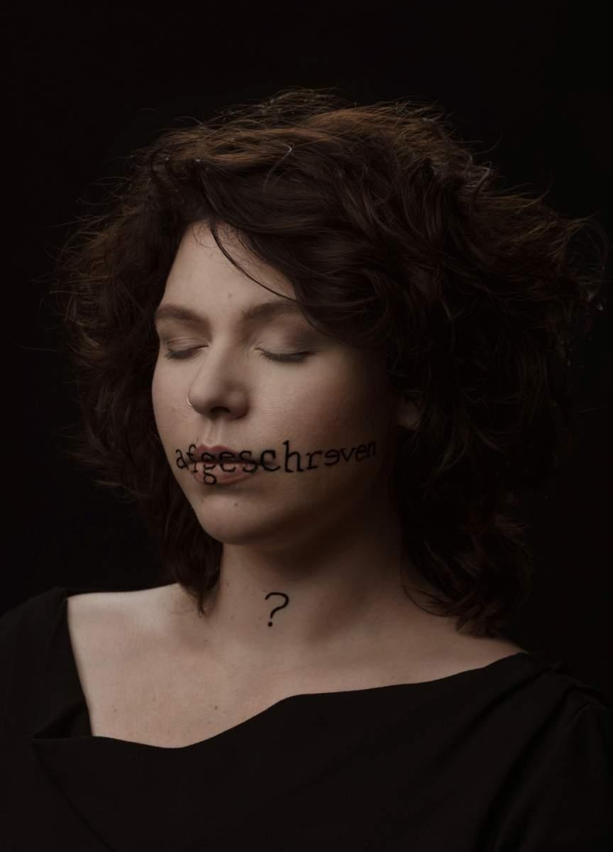 Portret van Lynn Formesyn door Elvire van Ooteghem